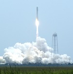 Antares liftoff on Orb-2 mission (J. Foust)